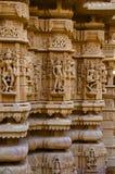 Schnitzte schön Idole, den Jain Tempel, aufgestellt im Fortkomplex, Jaisalmer, Rajasthan, Indien stockfoto