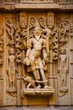 Schnitzte sch?n Idole, den Jain Tempel, aufgestellt im Fortkomplex, Jaisalmer, Rajasthan, Indien stockfotografie