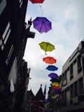 Schnur von Regenschirmen Stockfoto