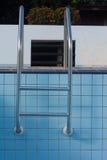 Schodka pływacki basen suchy Zdjęcia Royalty Free