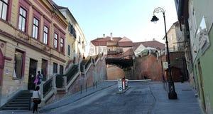 Schodki i most w mieście obraz stock