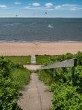 Schodki zestrzelają plażowy deptak w Hjerting, Dani Obraz Royalty Free