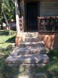 Schodowy szczegół, wejście i ganeczek wiejski dom, wioski muzeum, Bucharest obrazy stock