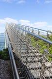 Schody niebo - stalowy schody iść do niebieskiego nieba z chmurami Obraz Royalty Free
