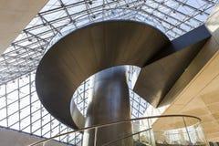 Schody ostrosłup louvre, Paryż, Francja Zdjęcia Stock