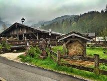 Ресторан на Schoenau, озере Koenigssee, Баварии Германии Стоковое Изображение RF
