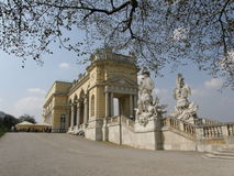 Schoenbrunn Gloriette在维也纳,奥地利 免版税库存照片