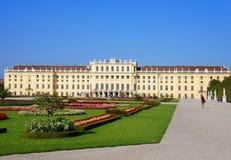 Schoenbrunn slott av Wien Fotografering för Bildbyråer