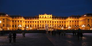 城堡晚上schoenbrunn维也纳wien 库存照片