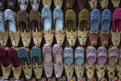 Schoenen in Arabische stijl, markt van Doubai Royalty-vrije Stock Foto's