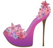 Schoenen die met bloemen worden verfraaid. Stock Afbeeldingen