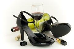 Schoenen en wijn Royalty-vrije Stock Foto's