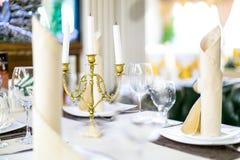 Schoenen van trouwringen de bruids minnaars Stock Afbeelding