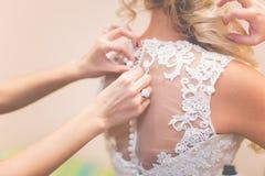 Schoenen van trouwringen de bruids minnaars Stock Fotografie
