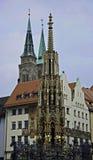 Schoener Brunnen, Nuremberg Stock Fotografie