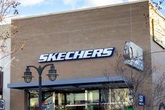Schoenopslag voor Skechers royalty-vrije stock fotografie