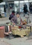 Schoenpoetser in Stambul stock foto's