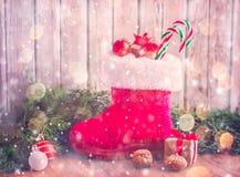 ` Schoentje zetten `, en traditionell sikt för den holländska ferie`-Sinterklaas `en, All del av den traditionella holländska fer Royaltyfria Bilder