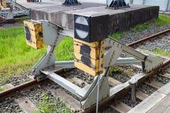 Schok-absorptievat voor trein stock afbeeldingen