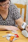 Schokierender großer Blutdruck Lizenzfreie Stockfotos