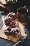 Schokolade Bundt-Kuchen stockfotografie