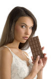 Schokolade in der Hand stockfoto