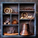 Schokolade, Kaffee und Gewürze Weinlesecollage Lizenzfreie Stockfotos