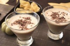 Schokolade Martini des Milch-, Amaretto, des Kaffees und der Haselnusses Likörs Stockbilder