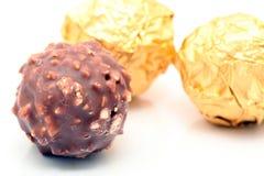Schokolade mit Muttern Lizenzfreie Stockbilder