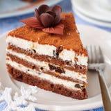 Schokolade, Quark und Prune Layer Cake Stockfotos
