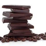 Schokolade und Kaffeebohnen stockbilder