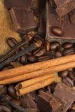 Schokolade, Vanille und Zimt stockfoto