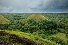 Schokoladen-Hügel in Bohol, Philippinen lizenzfreies stockbild