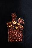 SCHOKOLADEN-Hintergrund clos der schwarzen Schokolade der Schokolade dunklen Luxus Lizenzfreie Stockbilder