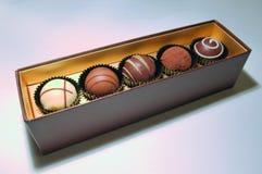 Schokoladen-Trüffel-Zusammenstellung Stockfoto