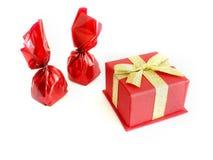 Schokoladen und Geschenk Stockfotografie