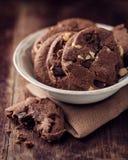 Schokoladen-und Haselnuss-Plätzchen Lizenzfreies Stockbild