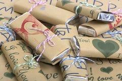 Schokoladen von Kraftpapier des Papiers lizenzfreies stockbild