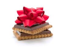 Schokoladenbiskuite vorhanden Stockbild