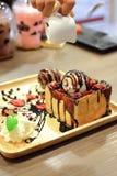 Schokoladenerdbeerhonigtoast Stockbilder