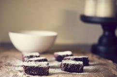 Schokoladenfondant-Schokoladenkuchen stockfotografie