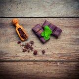 Schokoladenhintergrund- und -nachtischmenü Bestandteile für Bäckerei ch Lizenzfreie Stockbilder