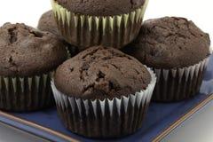 Schokoladenkleine kuchen lizenzfreie stockfotos