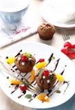 Schokoladenkleine kuchen stockbilder