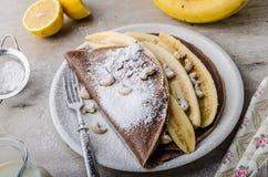 Schokoladenkrepps mit Banane Lizenzfreies Stockbild