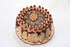 Schokoladenkuchen des Jahrestages lizenzfreies stockfoto