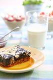 Schokoladenkuchen mit Mandel Lizenzfreies Stockfoto