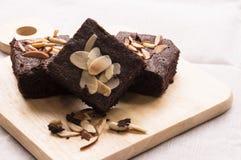 Schokoladenkuchen mit Mandel Lizenzfreie Stockfotografie