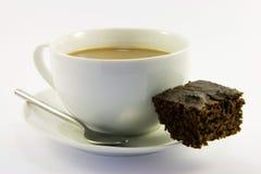 Schokoladenkuchen und Tee Stockfotografie