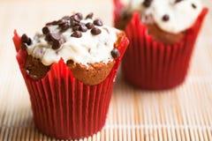 Schokoladenmuffins Stockfotos